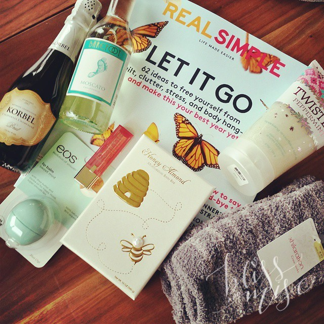 Fun gifts from our #momsnightin #favoritethings #stockingstuffer party