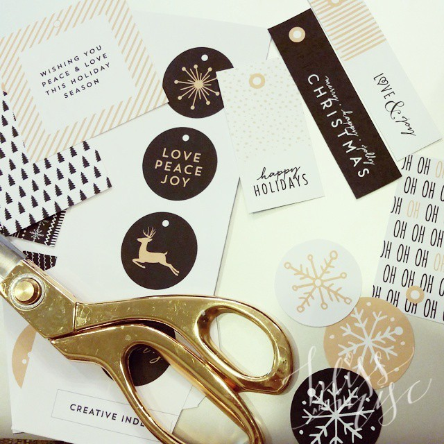 Ready to wrap with the FREE gift tags from @creativeindex #creativeindex #holidaytags #blackandgold