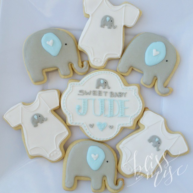 More cookies! #babyshower #elephantcookies #cookiedecorating
