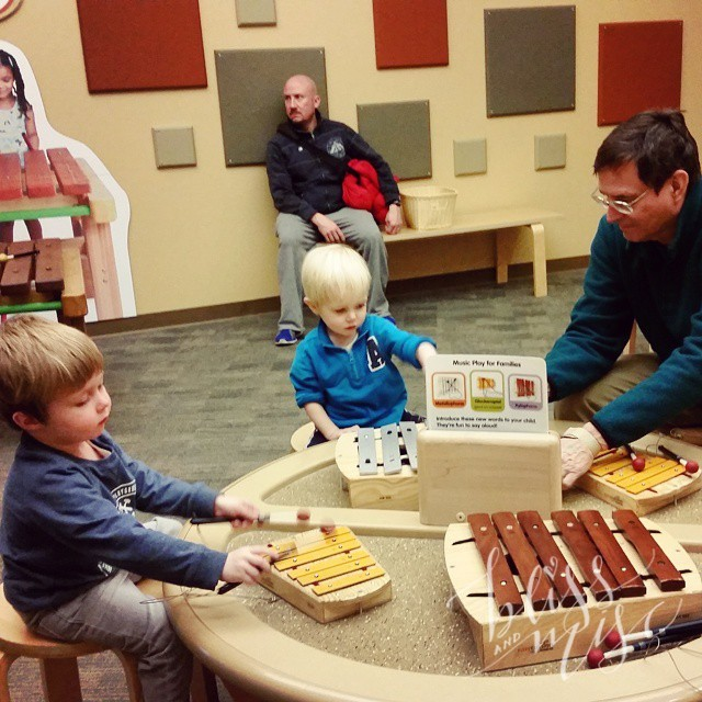 Making music with Papaw #glockenspiel #indychildrensmuseum